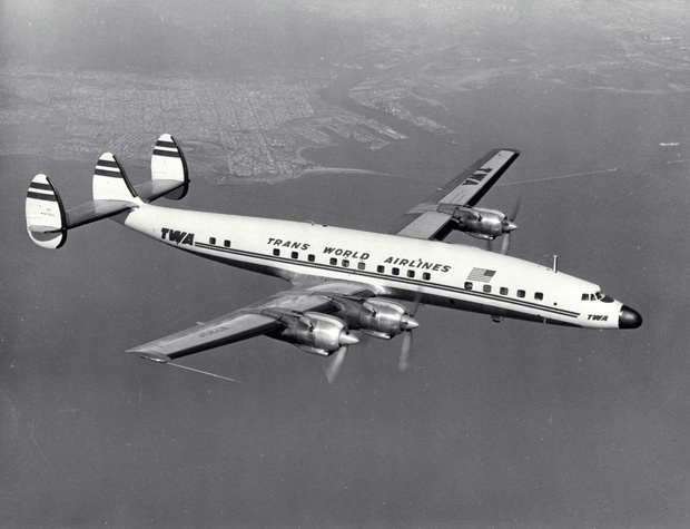 Lockheed_L-1649_Constellation_TWA